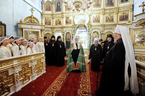 Святейший Патриарх Московский и всея Руси Кирилл в Покровском кафедральном соборе